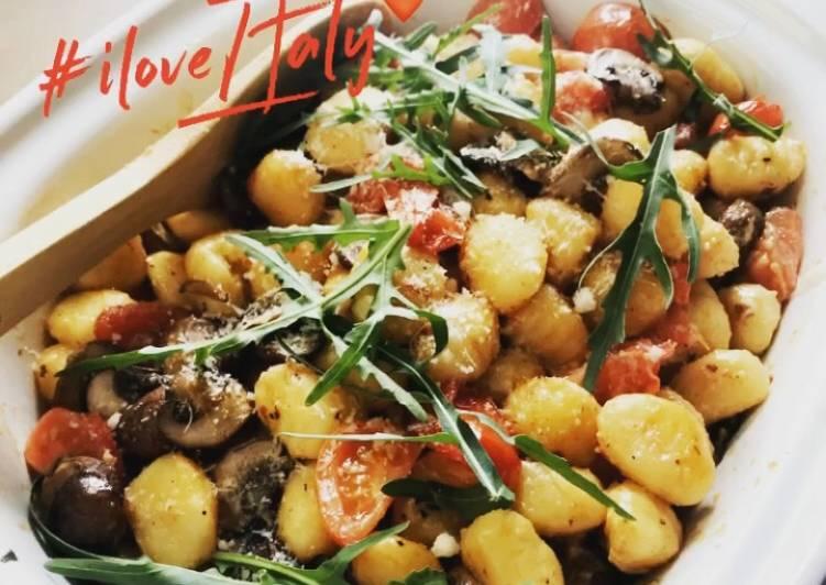 Gnocchi Pfanne mit Tomaten und Rucola