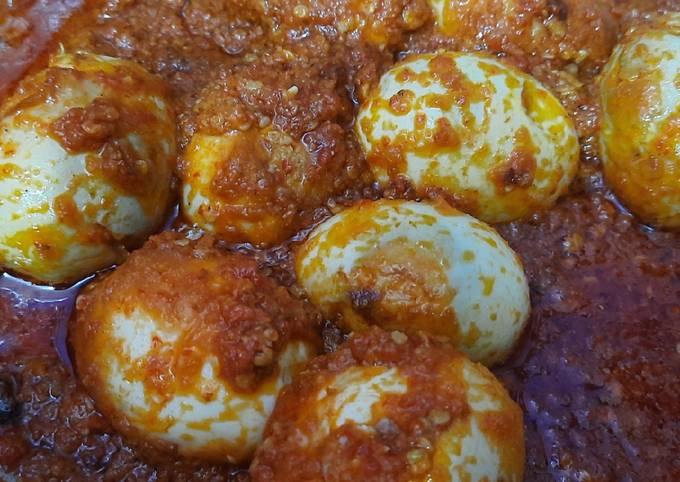 #4. Telur Balado