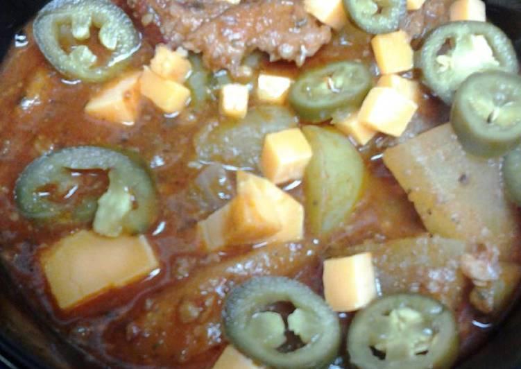 Recipe of Speedy Bacon, sausage,  and green tomato chili
