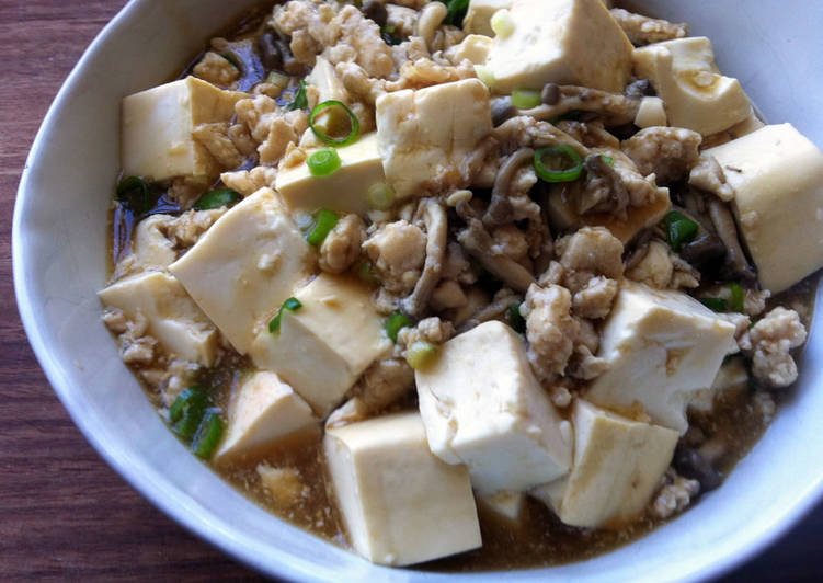 Recipe of Any-night-of-the-week Braised Tofu with Chicken & Shimeji