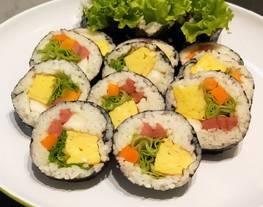 Kimbab Makanan Korea Simple