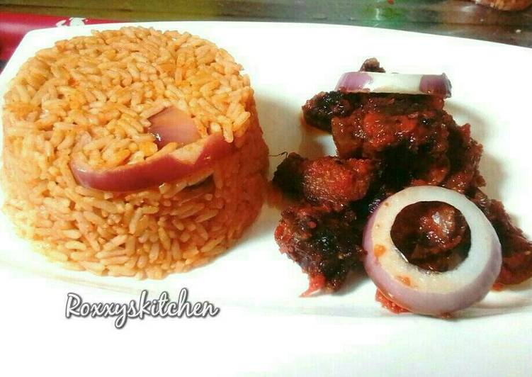 Jollof rice served with peppered beef