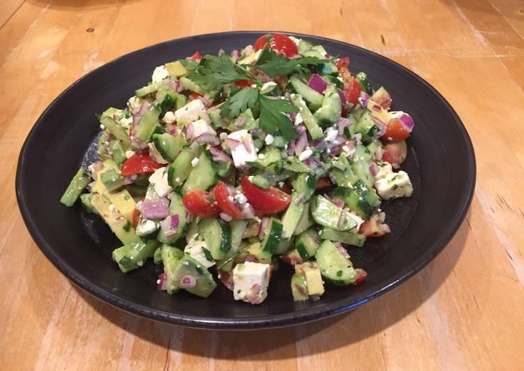 How to Prepare Award-winning Summer Salad