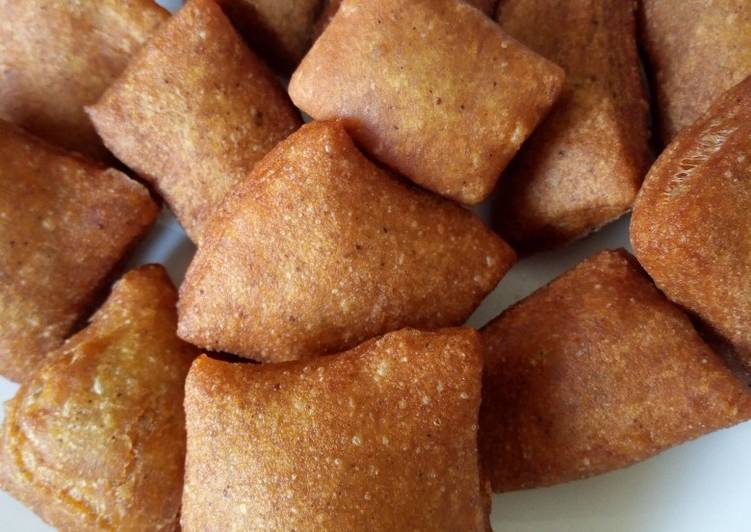 Steps to Prepare Ultimate Nutmegcinnamon mandazi #kidsrecipecontest #weeklyjikonichallenge