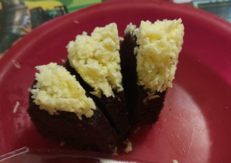 Langkah Mudah untuk Masak Bolu Kukus Chocolatos Cheese (tanpa mixer) Anti Gagal