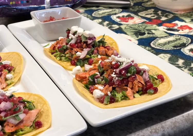 Easiest Way to Prepare Appetizing Grilled Salmon Tacos w/ Jalapeño Pomegranate Salsa