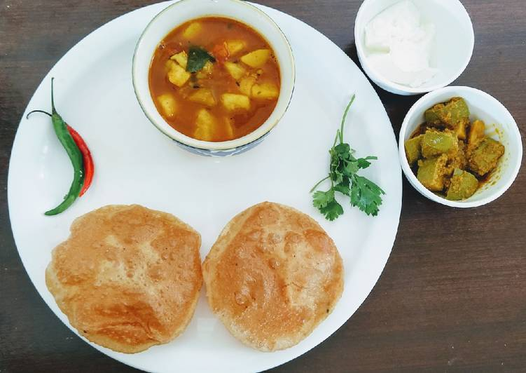 Masala kachori with aloo tamatar curry, In The Following Paragraphs We're Going To Be Taking A Look At The A Large Amount Of Benefits Of Coconut Oil