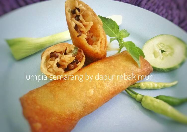 Resep Lumpia Semarang isi Rebung & Ayam oleh Maya Setiawan - Cookpad