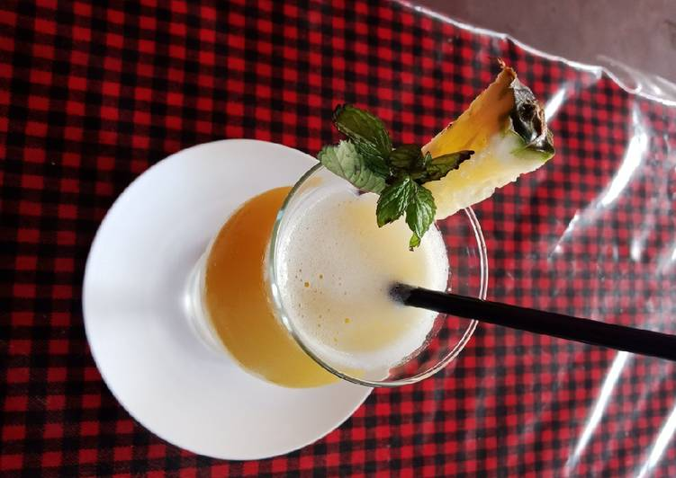 Pineapple and Ginger Mocktail
