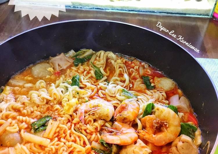 Mie Uray Kuah Seafood