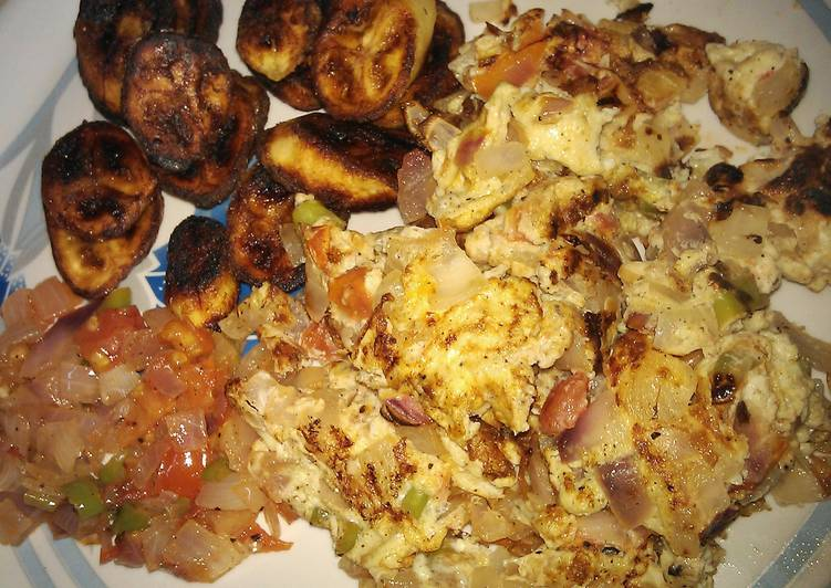 Nigerian Fried Plantain with eggs