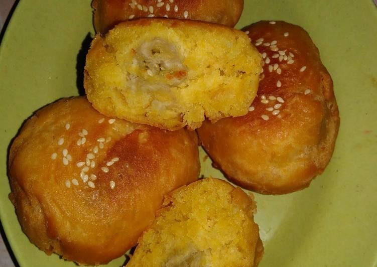 Roti goreng butter nut isi pisang
