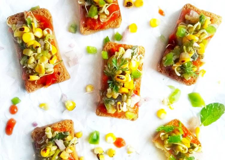 Recipe of Homemade Pizza toast with grilled corn salsa