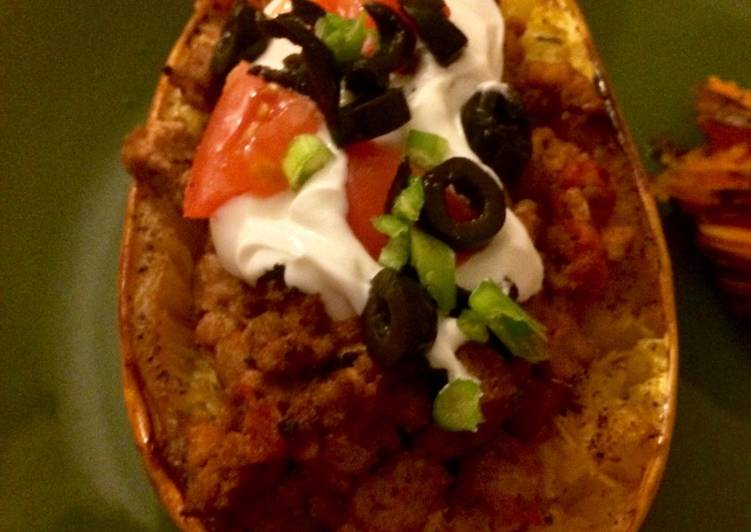 Easiest Way to Prepare Yummy Burrito Stuffed Spaghetti Squash