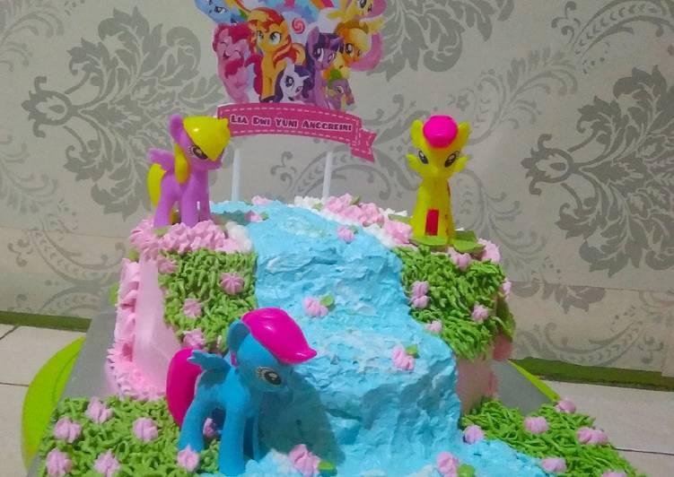 Bagaimana Cara Membuat Selera Kue Ulang Tahun Little Pony
