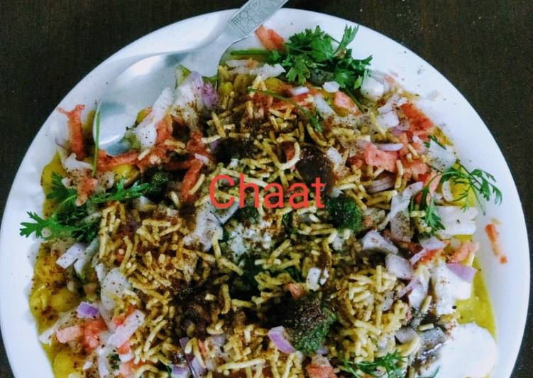 Aloo tikki chaat - Laurie G Edwards