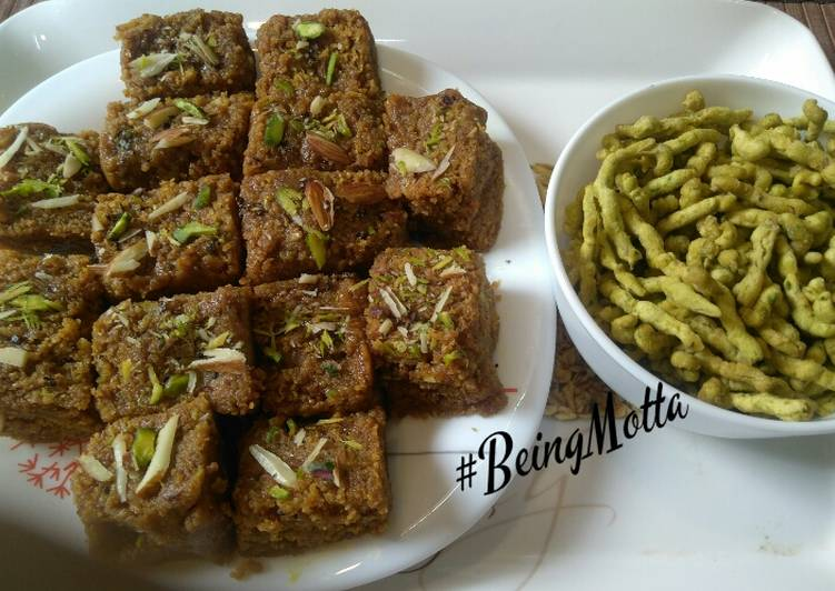 Spinach Gathiyas-Mohanthal/Besan Fudge - Laurie G Edwards