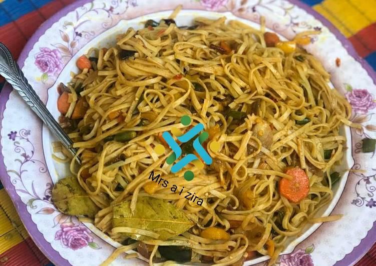 Stir fried vegetable noodles