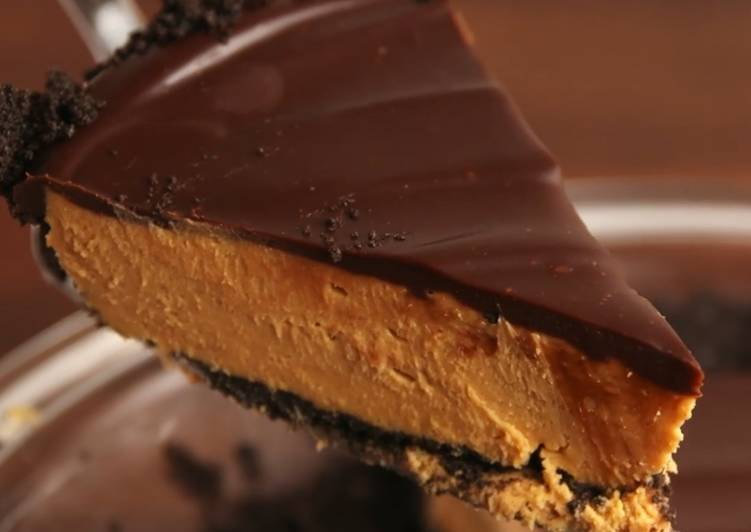 Simple Way to Make Award-winning Buckeye Pie