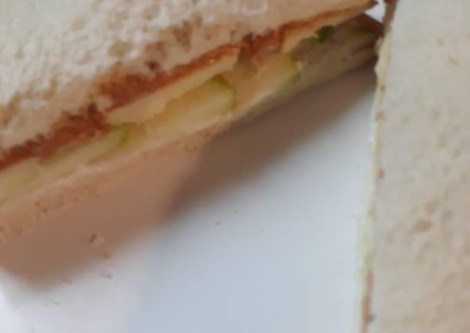 The Apple Sandwich