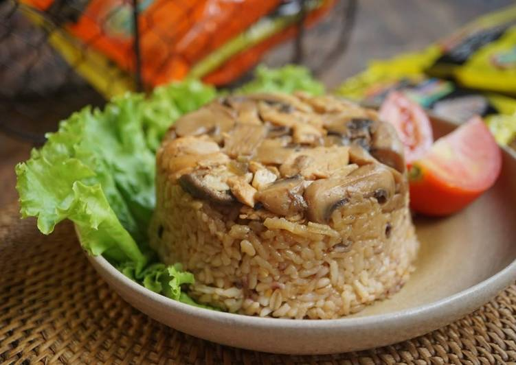 Nasi Tim Kongbap Ayam Jamur