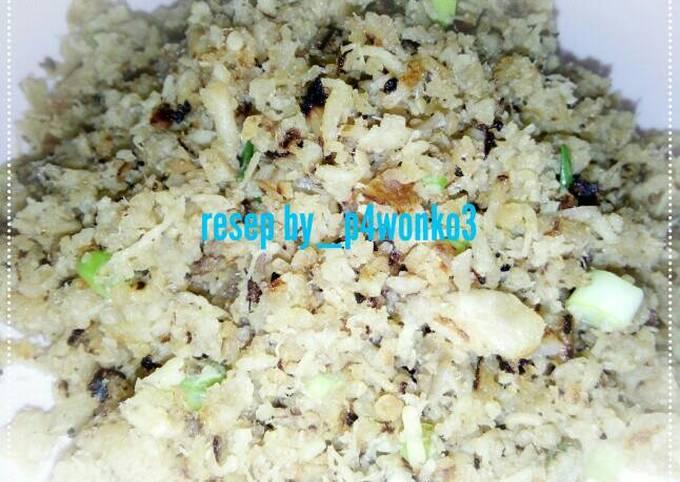 Abon ayam(untuk isian sosis solo atau taburan mie)