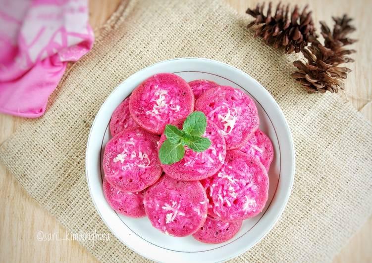 Kue Cubit Dragon Fruit