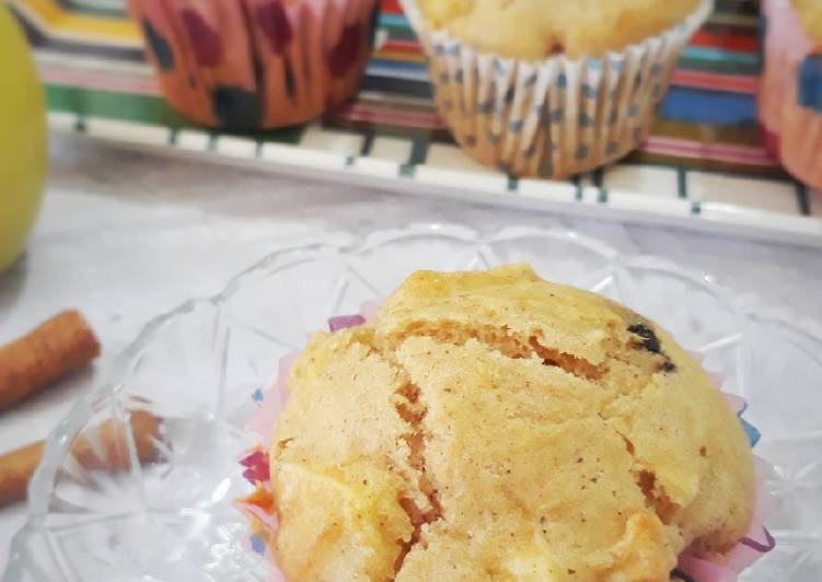 Apple, Chocolate and Cinnamon Muffins