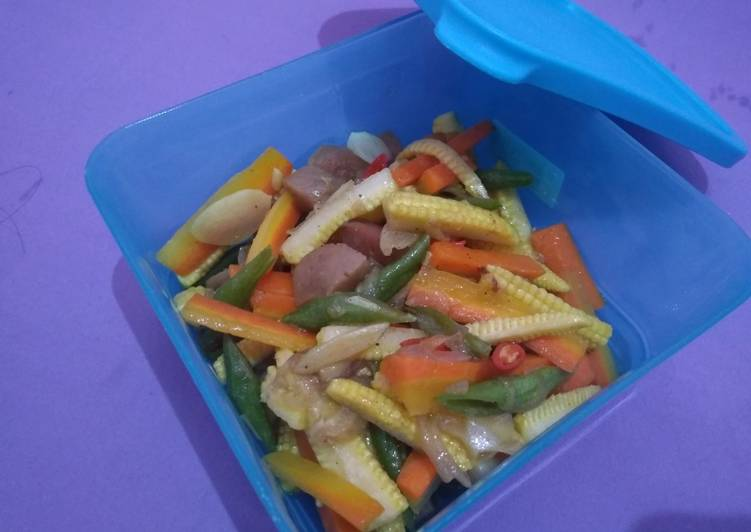 Sayur jagung muda + wortel +buncis + bakso