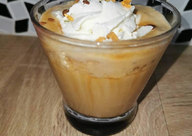 La Recette Pas à Pas Un café latté