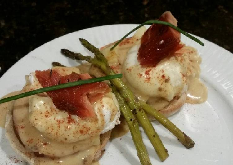 Recipe of Ultimate Brad's smoked salmon eggs benedict
