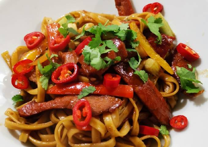 Slow cooked BBQ pork with Vietnamese wheat noodles