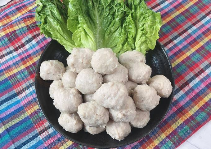 Thai Pork Meatballs Recipes • Look Shin Moo•