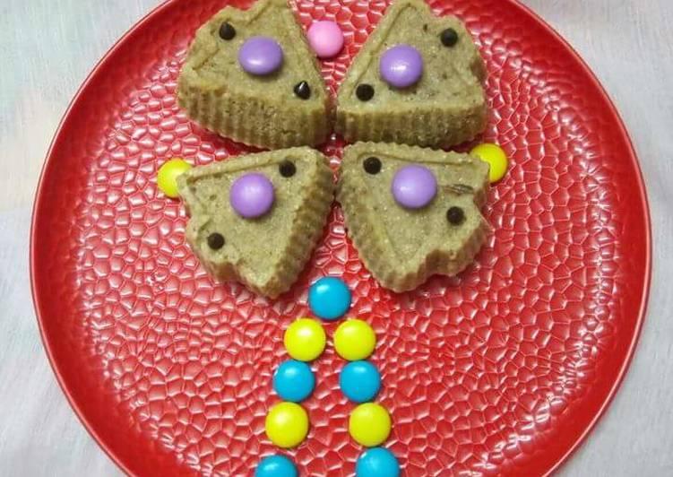Daliya banana muffins