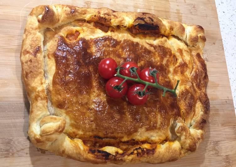 Recipe of Speedy Baked Tuna Empanada
