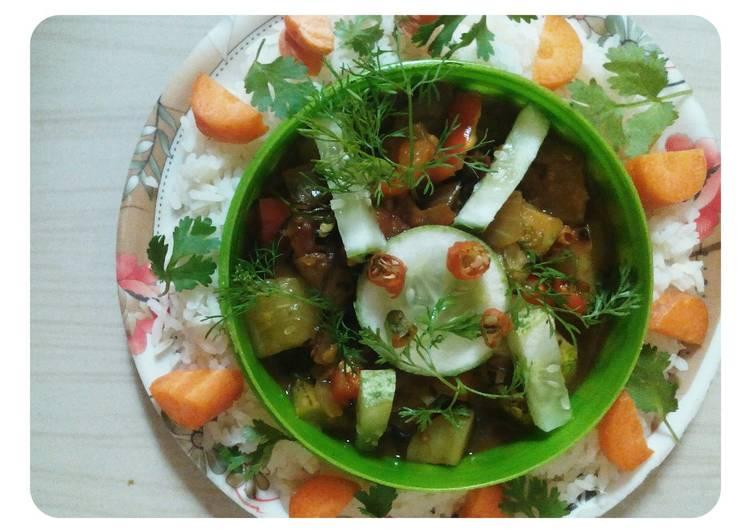 Recipe of Award-winning Spicy cucumber curry