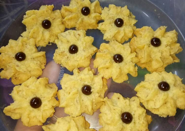 Mawar coconut Chese cookies...😋😋😋