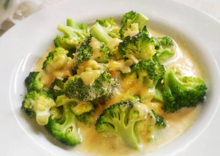 Brokoli Saus Keju