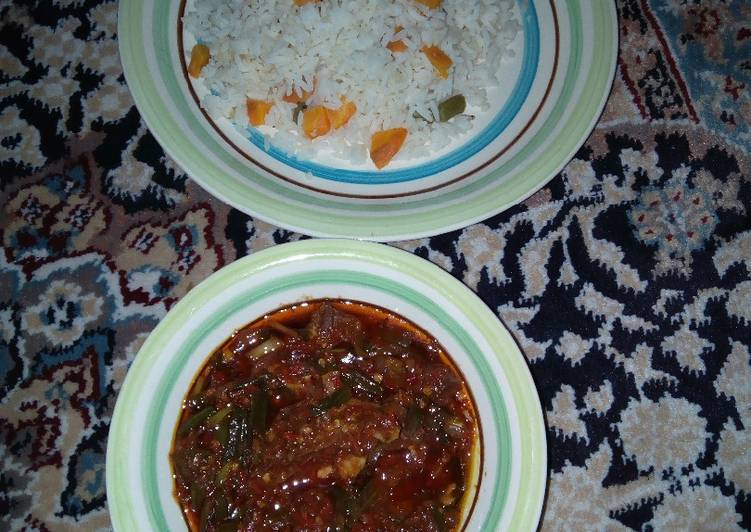 How to Prepare Any-night-of-the-week Rice nd stew with spring onions inside the stew