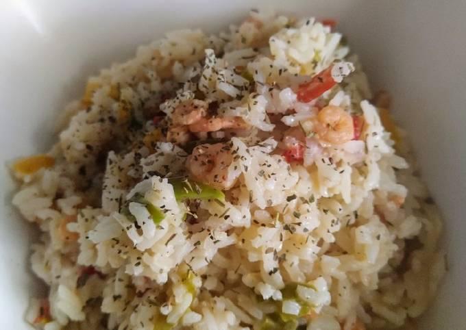 Riz au poivron, crevettes