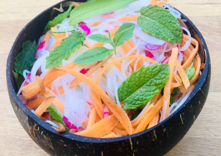Vietnamese Noodle and Herb Salad
