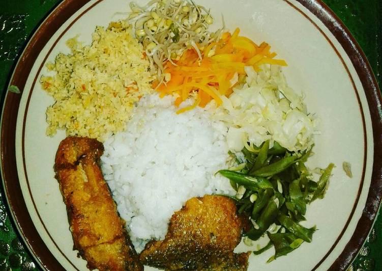 Nasi megono (urap solo)