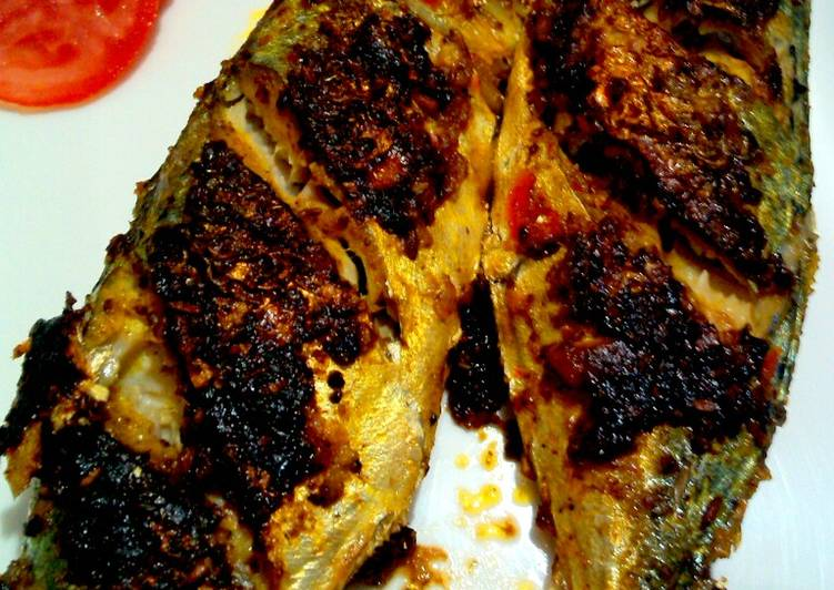 Recipe: Appetizing Grilled Mackerel/Bangda :)