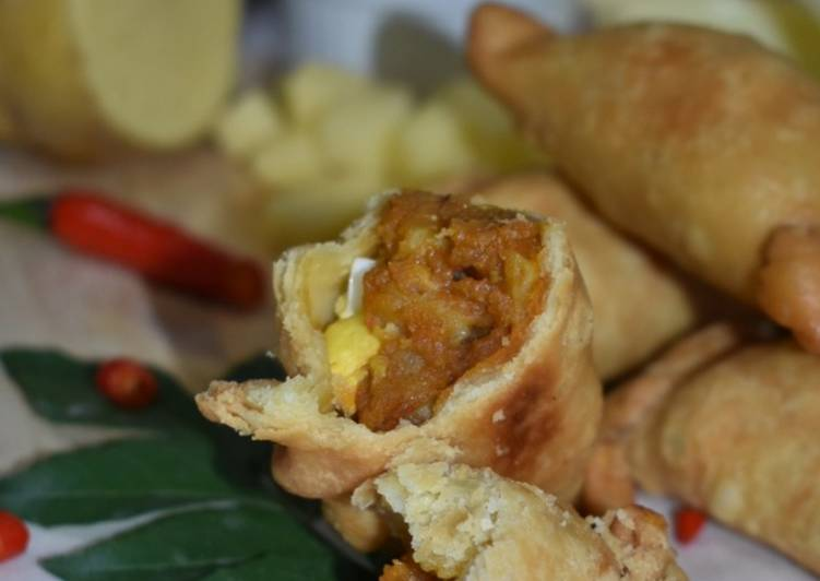 """Curry Puff Curry """"O"""" Ala Old Chang Kee"""