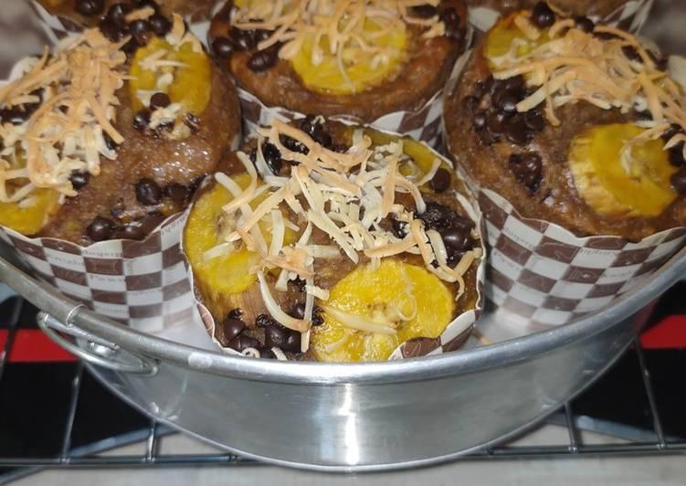 119. Muffin Pisang Coklat Keju Panggang