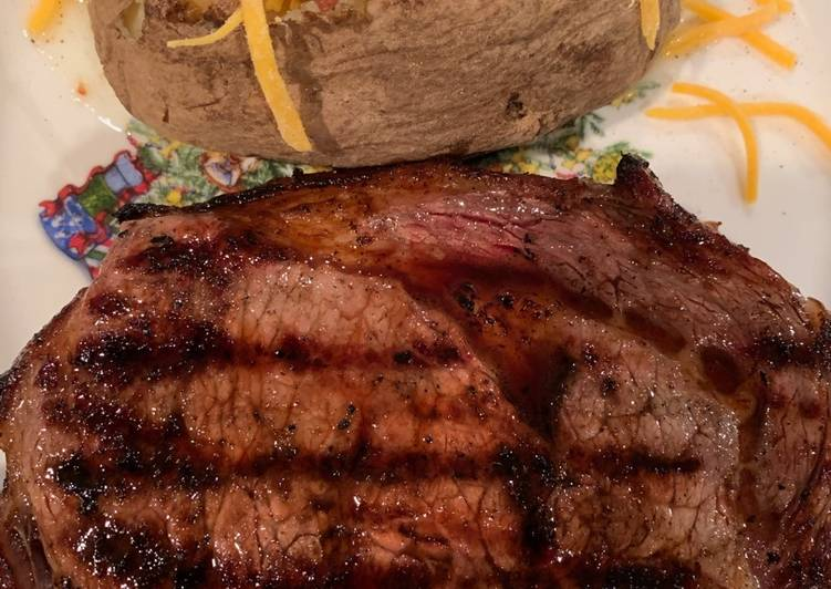 Recipe of Homemade Texas Ribeye with a Baked Potato