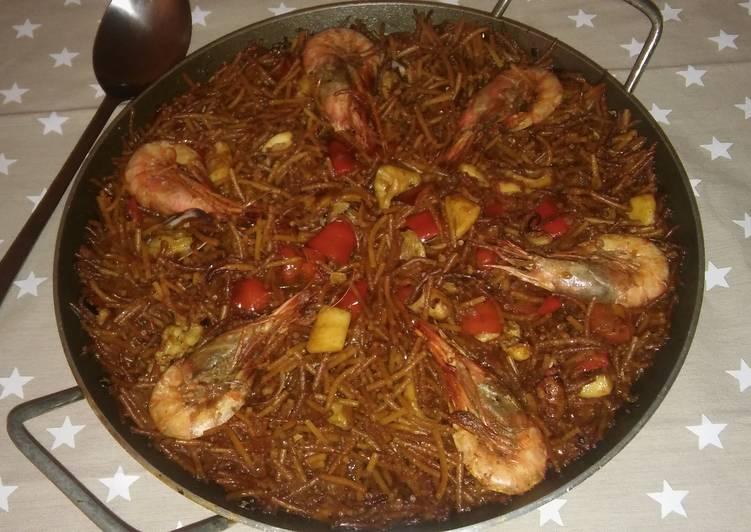 Seafood dish - Fideuà
