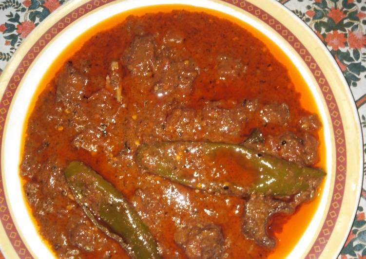 10 Minute Steps to Make Any Night Of The Week Achar gosht with chapatti