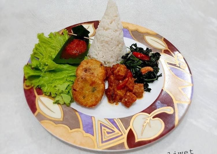 Tumpeng Nasi Liwet (versi mini)