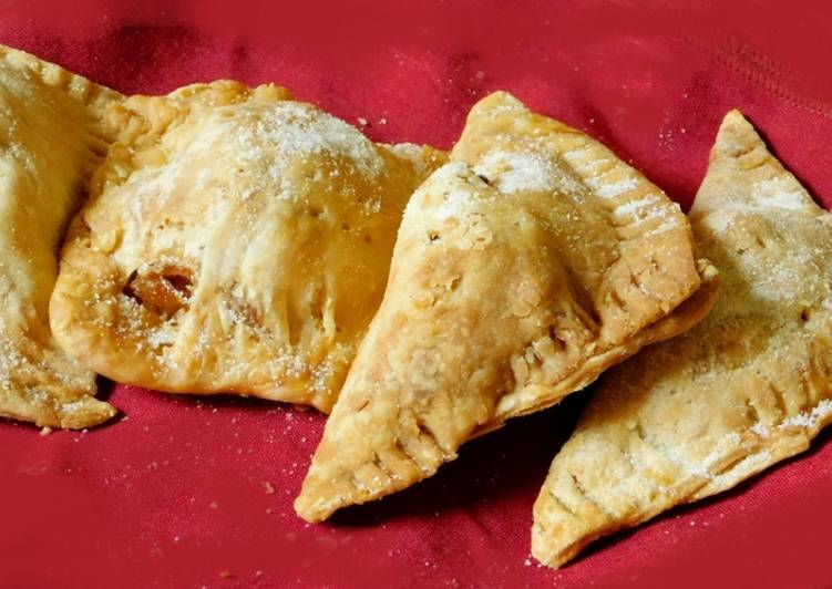 Step-by-Step Guide to Make Favorite Sweet apple samosa turn over